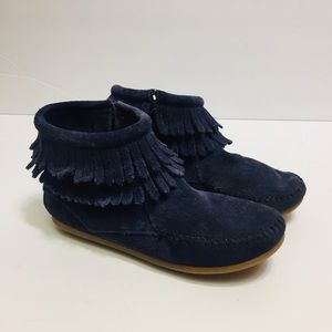 Minnetonka Fringe Leather Blue Moccasin Boots